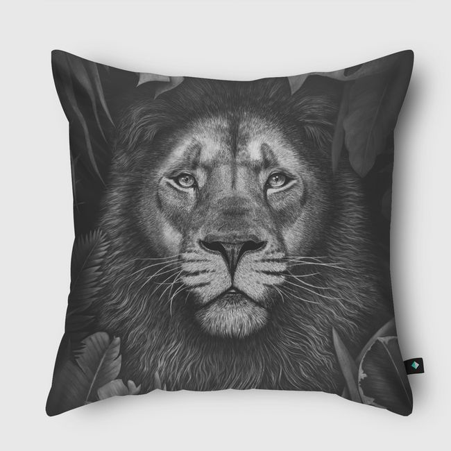 Lion in tropical leaves - Throw Pillow