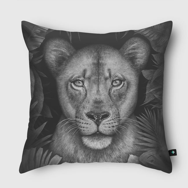 Lioness in tropical leaves - Throw Pillow